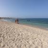 بالصور والاسعار : شاطئ حنكوراب بمرسي علم متعة الاستجمام علي ساحل البحر الاحمر