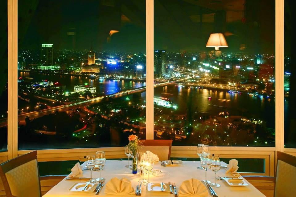 مطعم برج القاهرة
