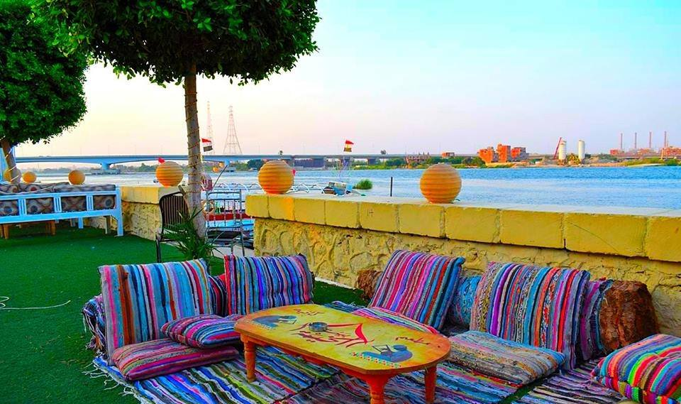 مطعم بيت الخيمة