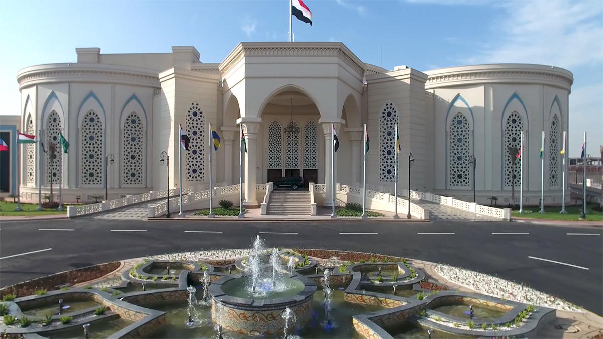 تعرف على كل ما يخص معرض القاهرة الدولى للكتاب بالتجمع الخامس ( طريقة الوصول - المواعيد - قاعات المعرض )