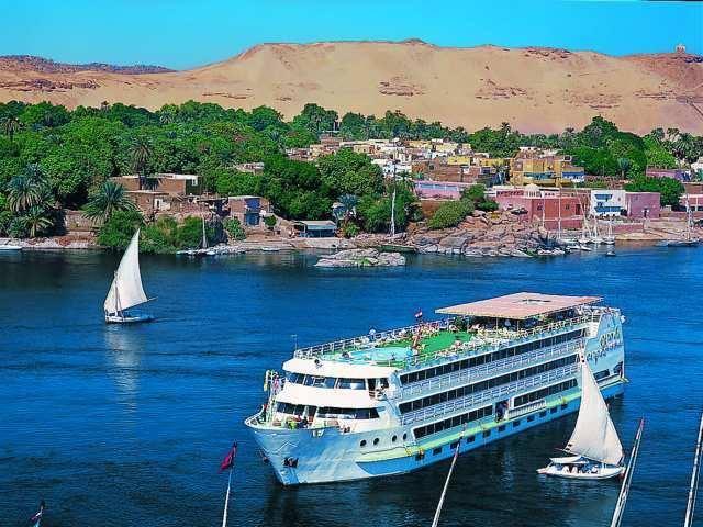 لو عايز تلف العالم إبدأ ببلدك .. تعرف على تفاصيل رحلتك عبر الزمن لما وراء السد العالى( بحيرة ناصر )