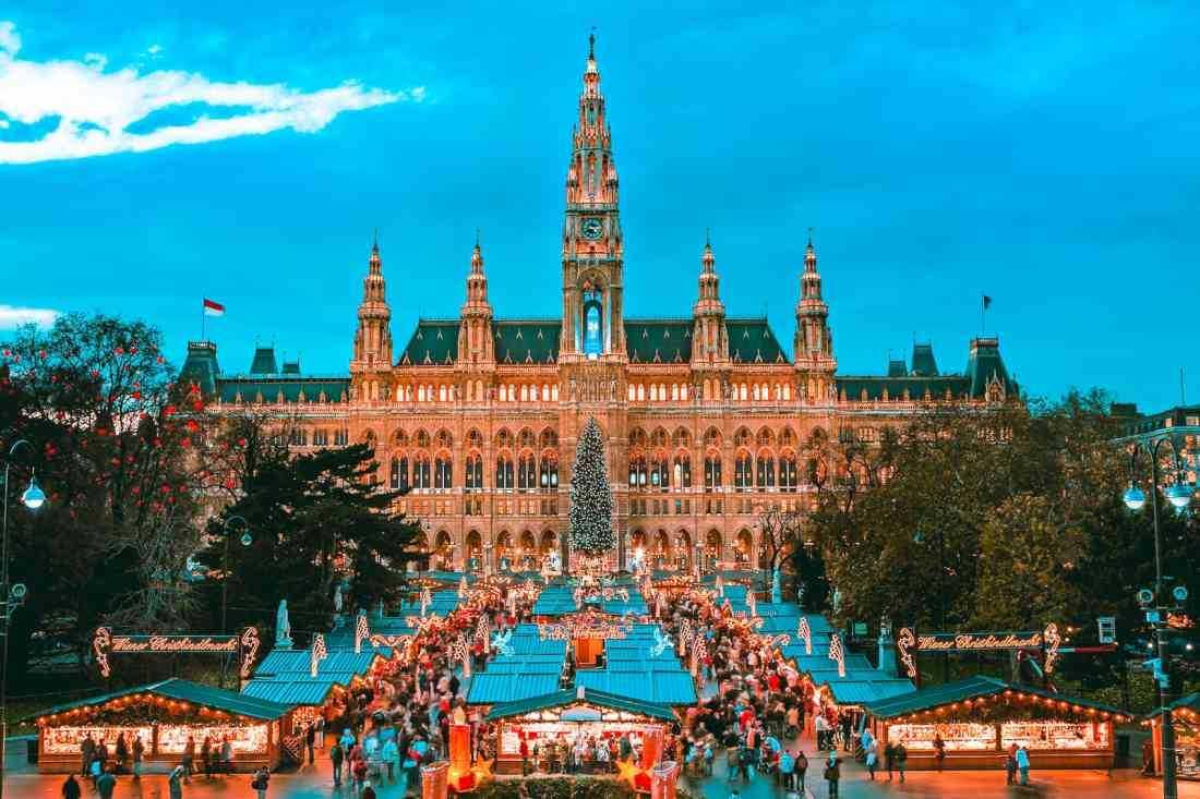 كل ما تحتاج معرفته عن الهجرة الى النمسا و كيفية تقديم طلب الحصول على التأشيرة  واهم المهن المطلوبة في النمسا 2019