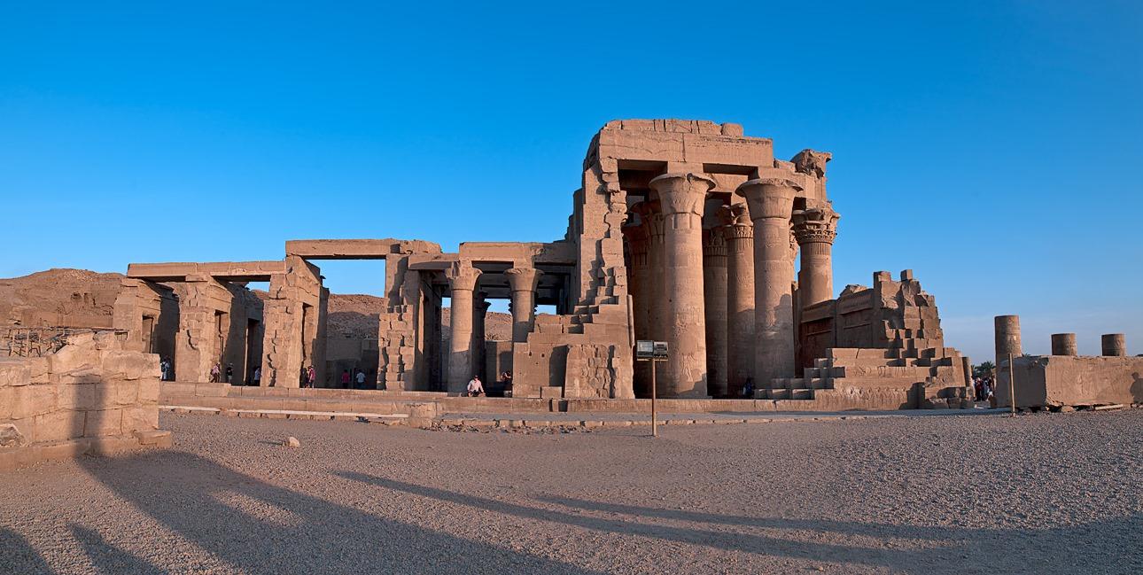 اكتشف جمال بلدك وتعرف علي كل مايخص معبد كوم امبو بأسوان